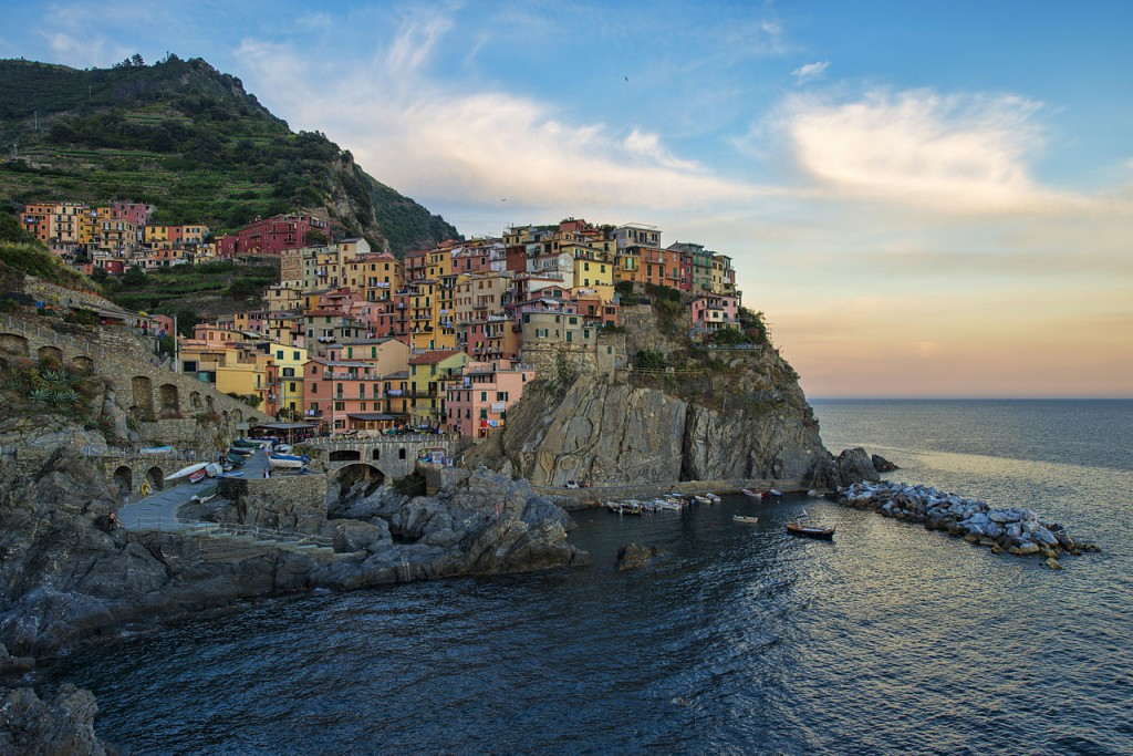 1280px-1_manarola_evening_2012