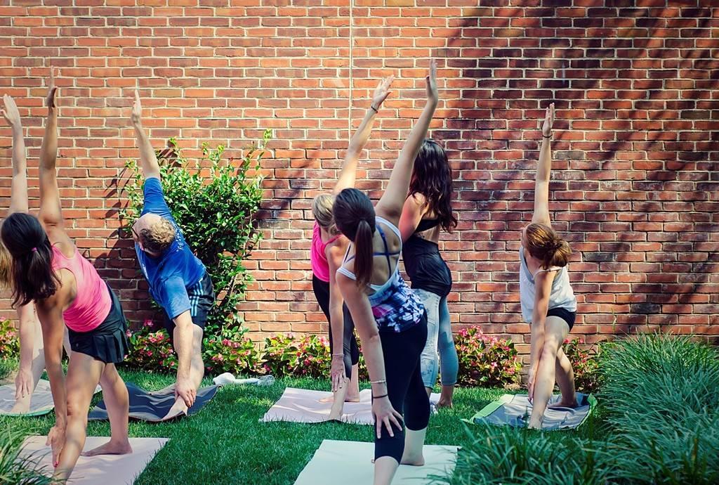 yoga in urban garden