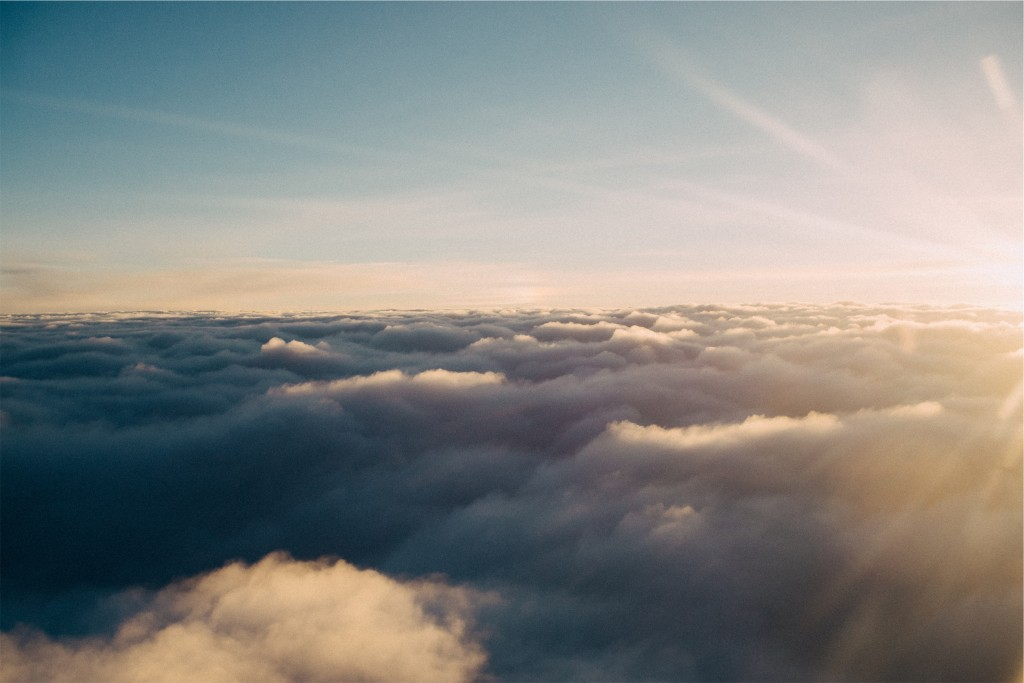 Clouds-Darling_escapes
