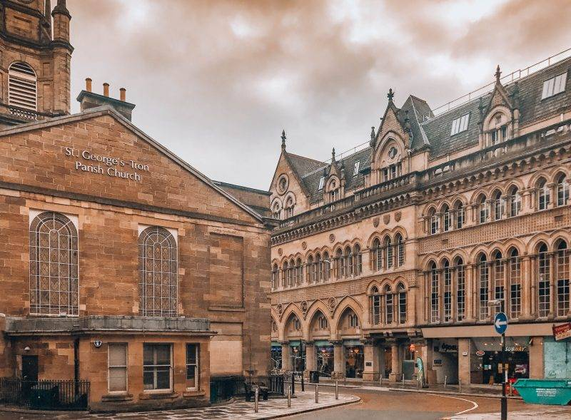 The foodie's guide to a weekend in Glasgow, Scotland including details on where to stay in Glasgow, what to do, and what to eat.