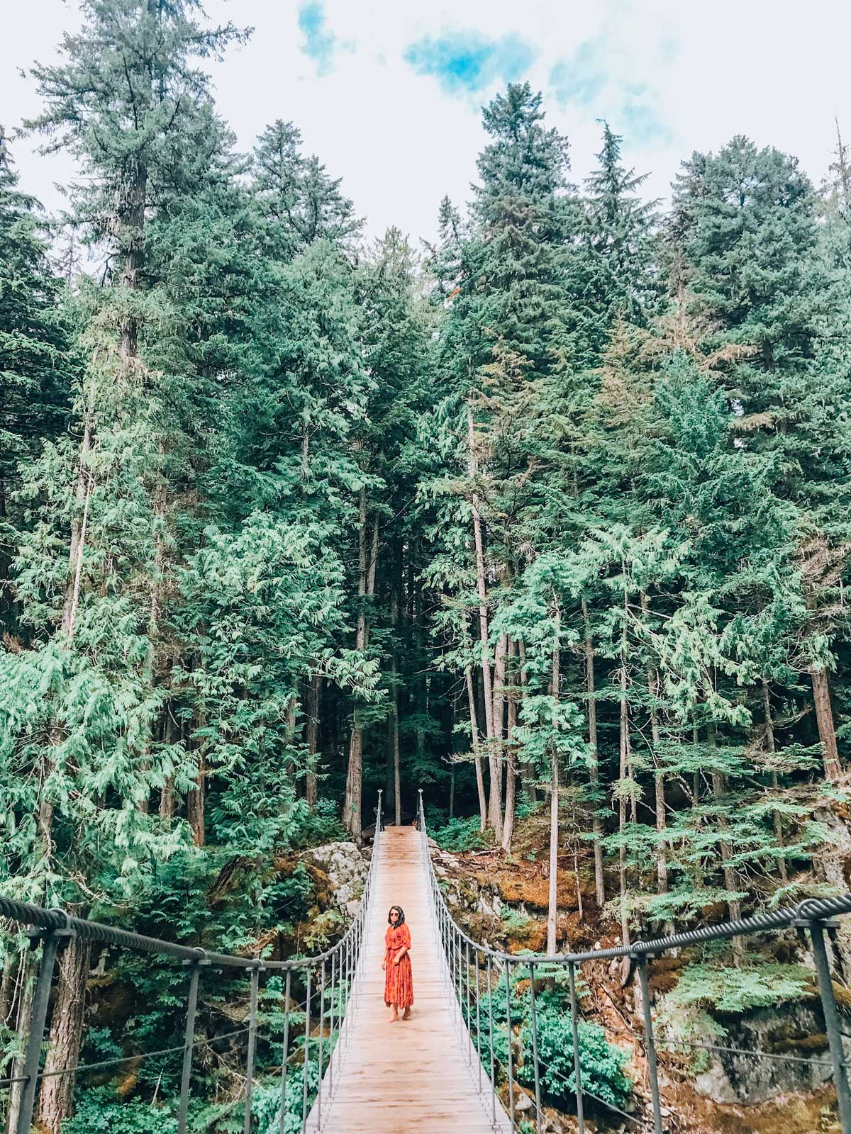 There are so many things to so in Whistler in the summer including hiking, paddleboarding, or just eating. We're pulled together a full list. #whistler #canada @bristishcolumbia #summerthings