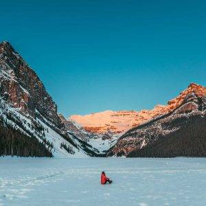 A quick weekend guide to Banff, and Lake Louise, including things to do, and places to eat.