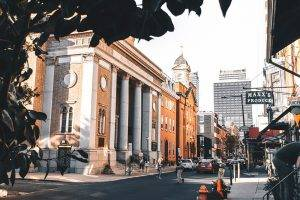 Philadelphia is not only good for cheese steak: it can also be a budget destination in the US to travel to