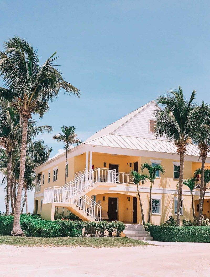 Looking to explore Grand Bahama Island? Here is everything you need to go, see and eat, including options for freeport cruise excursions. #Freeport #Bahamas