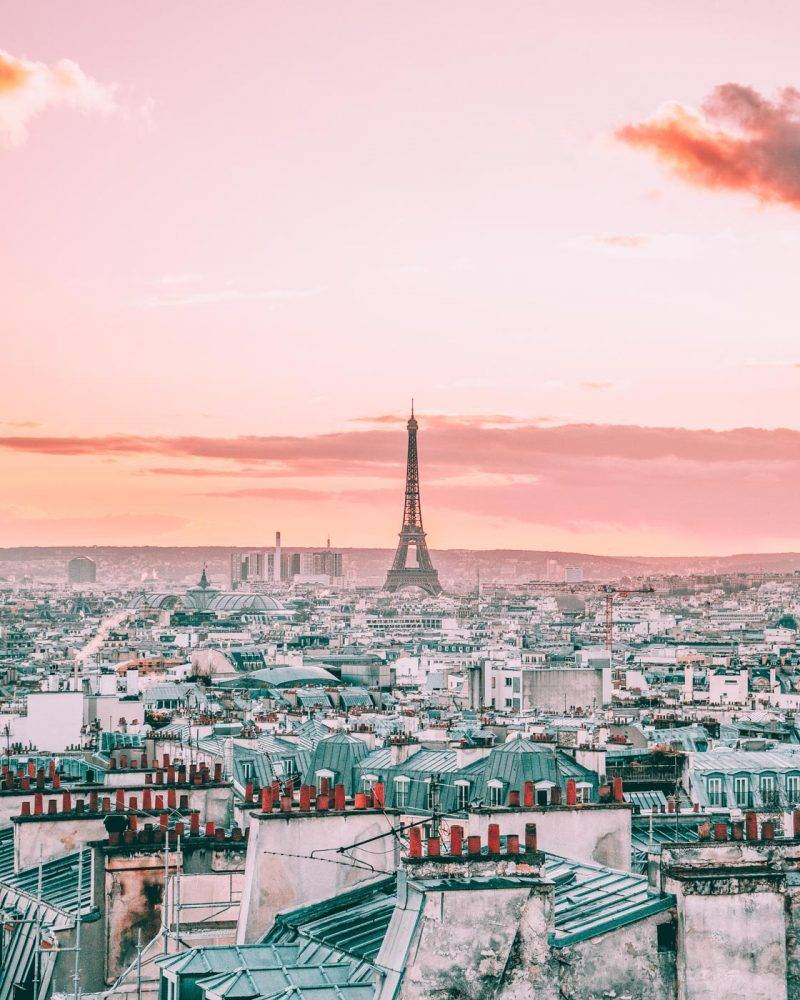 Finding the secret spots in Paris can be a chore so we've gone ahead and done the work for you. Sharing our favorite hidden gems in Paris including something for the foodies! #Paris #Hiddengems #Paristhingstodo
