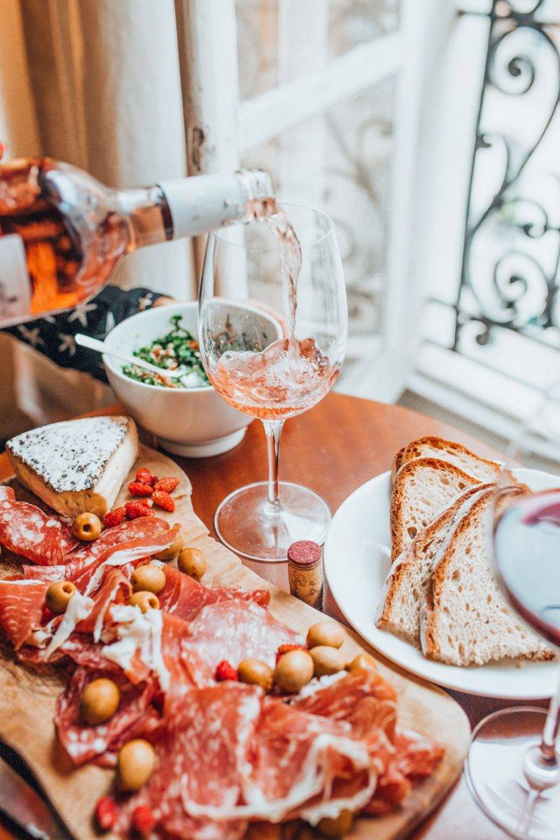 Finding the secret spots in Paris for foodies can be a chore so we've gone ahead and done the work for you. Sharing our favorite hidden gems in Paris including something for the foodies! #Paris #Hiddengems #Paristhingstodo