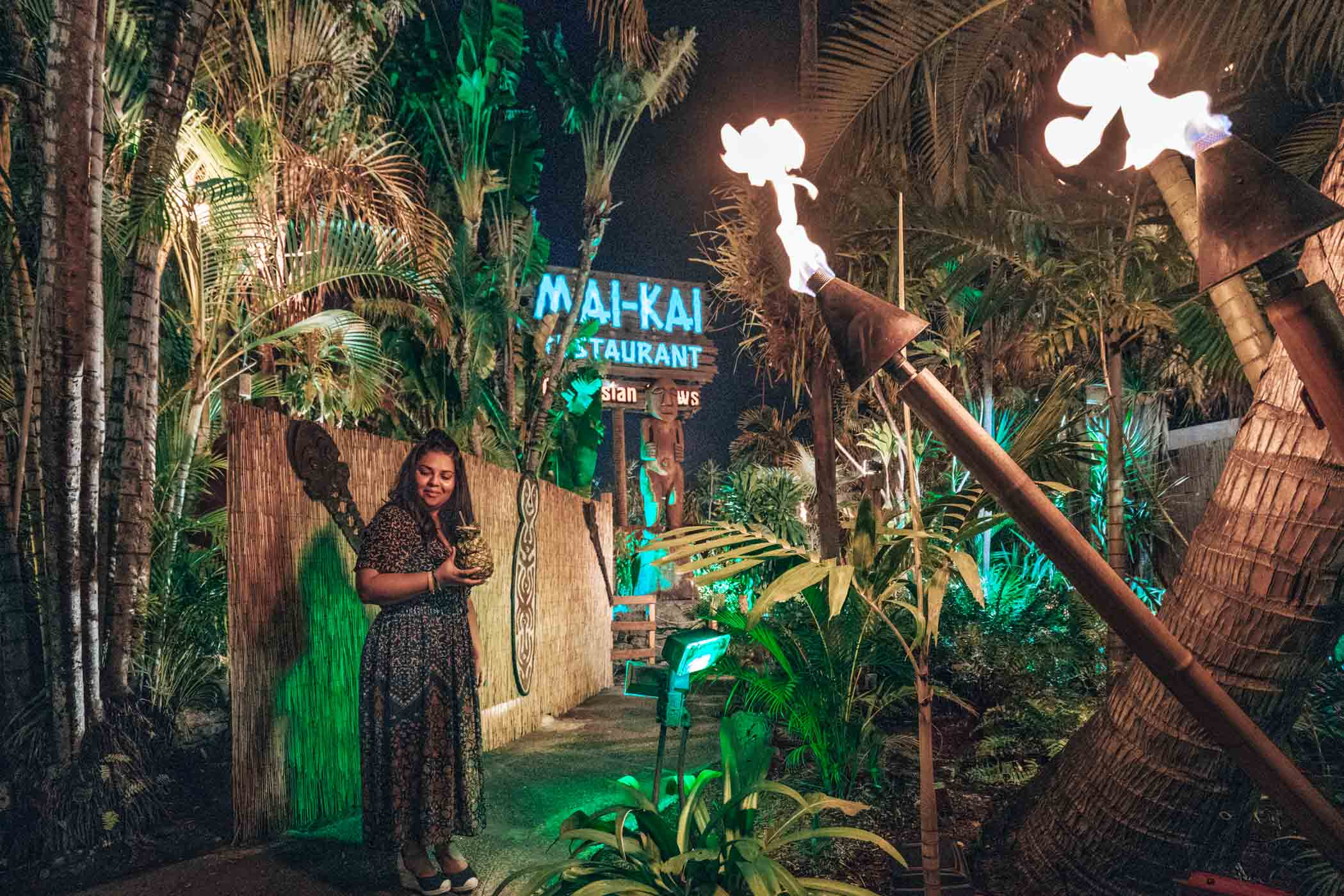 Checking out Mai Kai in Fort Lauderdale- the polynesian tiki inspired restaurant, must be on your list of things to do in Fort Lauderdale