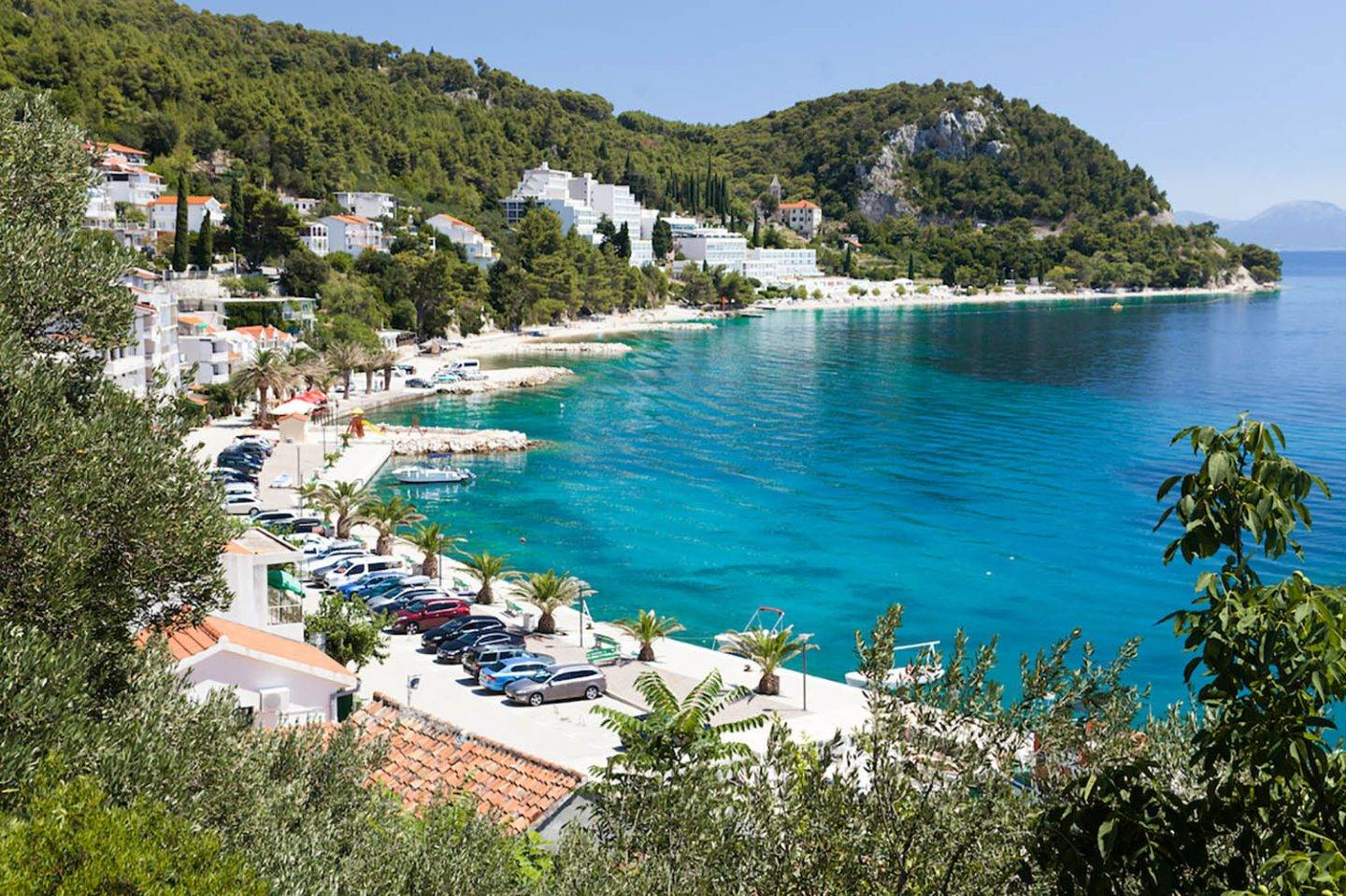 Overlook the cutest harbours in Croatia on your visit to Makarska Riviera