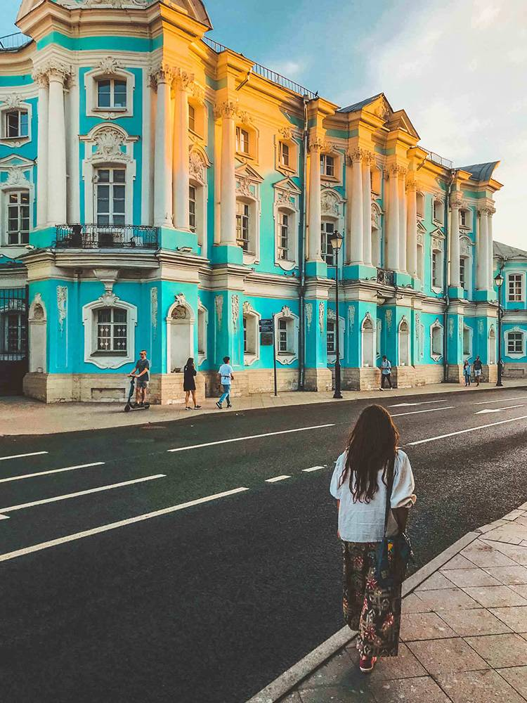 The neighborhood around Pokrovka Street might be one of the prettiest places to visit in Moscow