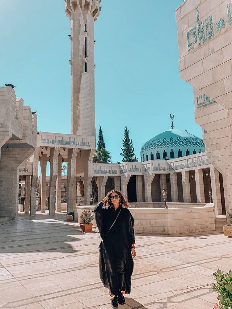 Try not to skip when visiting Jordan: the mosque in the city of Amman