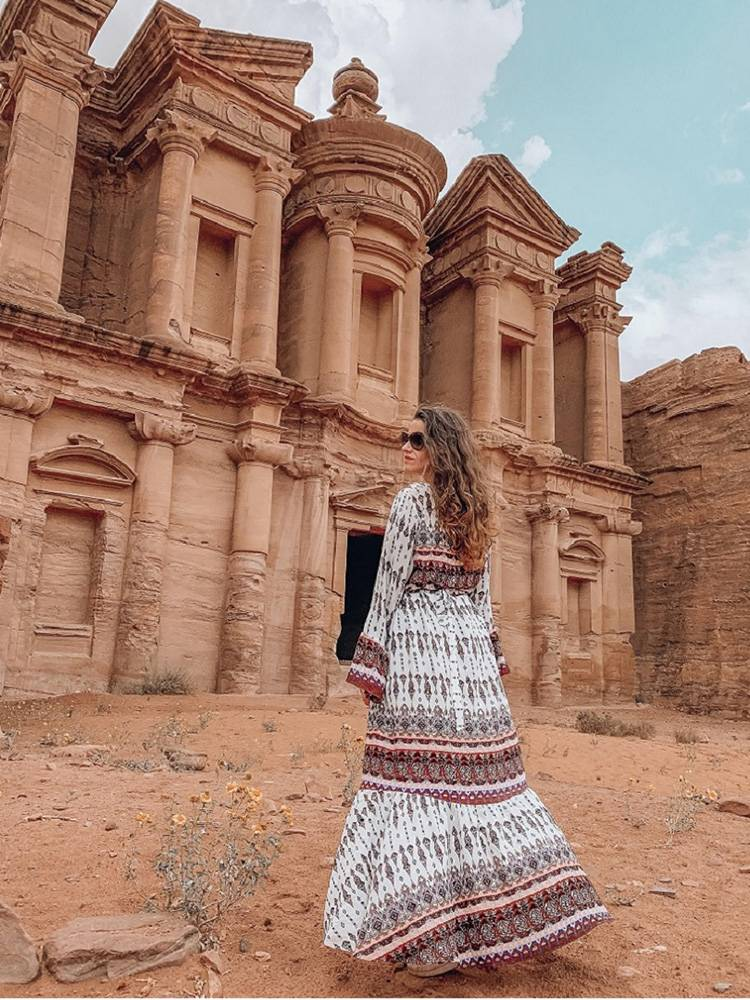 Culture, nature and history combined: Petra is a fan favorite for most travelers that visit Jordan