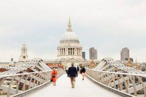Millennium Way is perfectly set close to London's icon musea, St. Paul's and even in walking distance to London Bridge and the Tower - definitely a must-visit if you only have 5 days in London