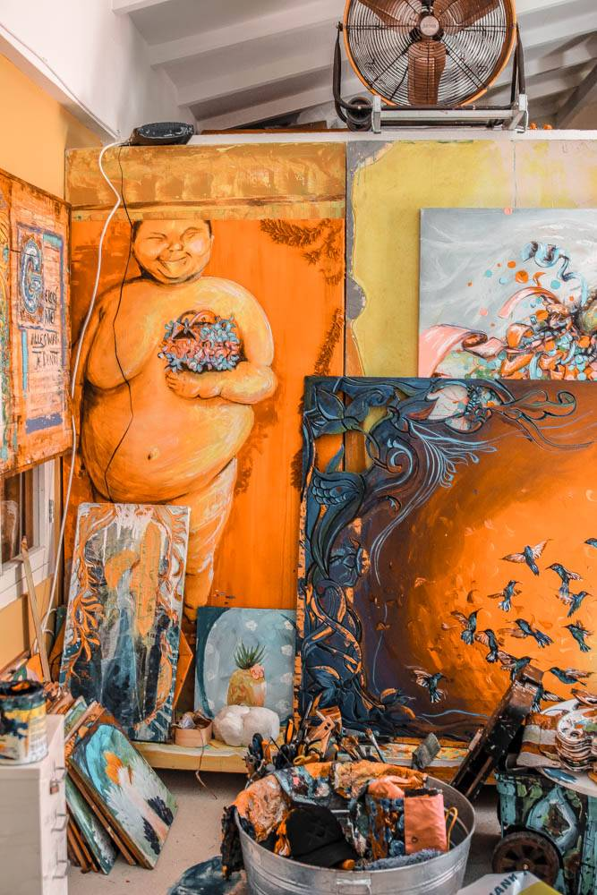 Visiting Francis Sling's gallery, the artist behind some of Curacao's most incredible street art