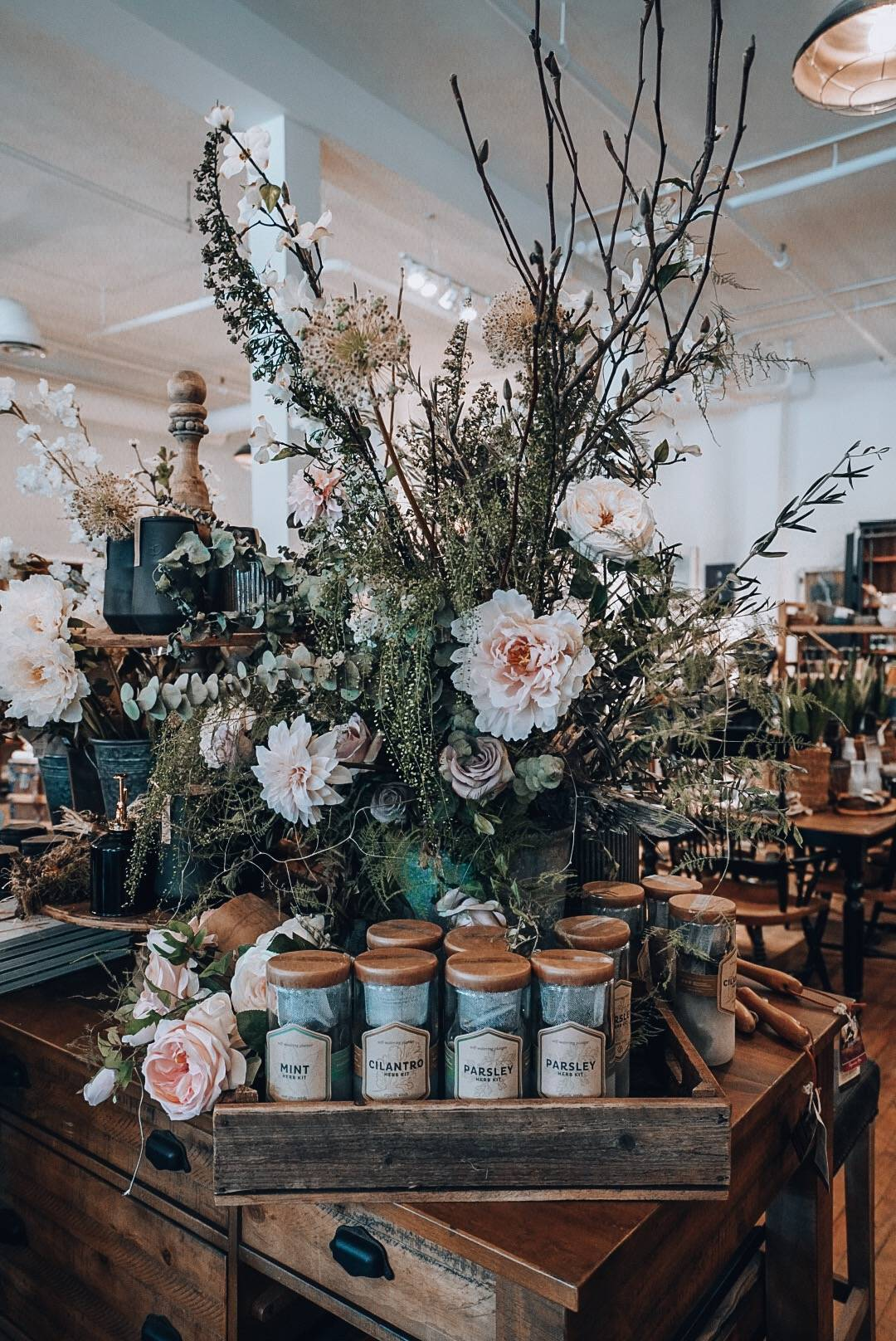 Planning a trip to Saskatoon? Check out this guide covering everything to do, see and eat in Saskatoon including a stop at Anthology in the heart of Downtown Saskatoon. #Shopping #interior design, #explorecanada