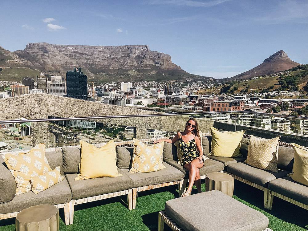 Mix sunsets with a roof top bar and you have one of the most Instagrammable spots in Cape Town - like here at the Silo Hotel