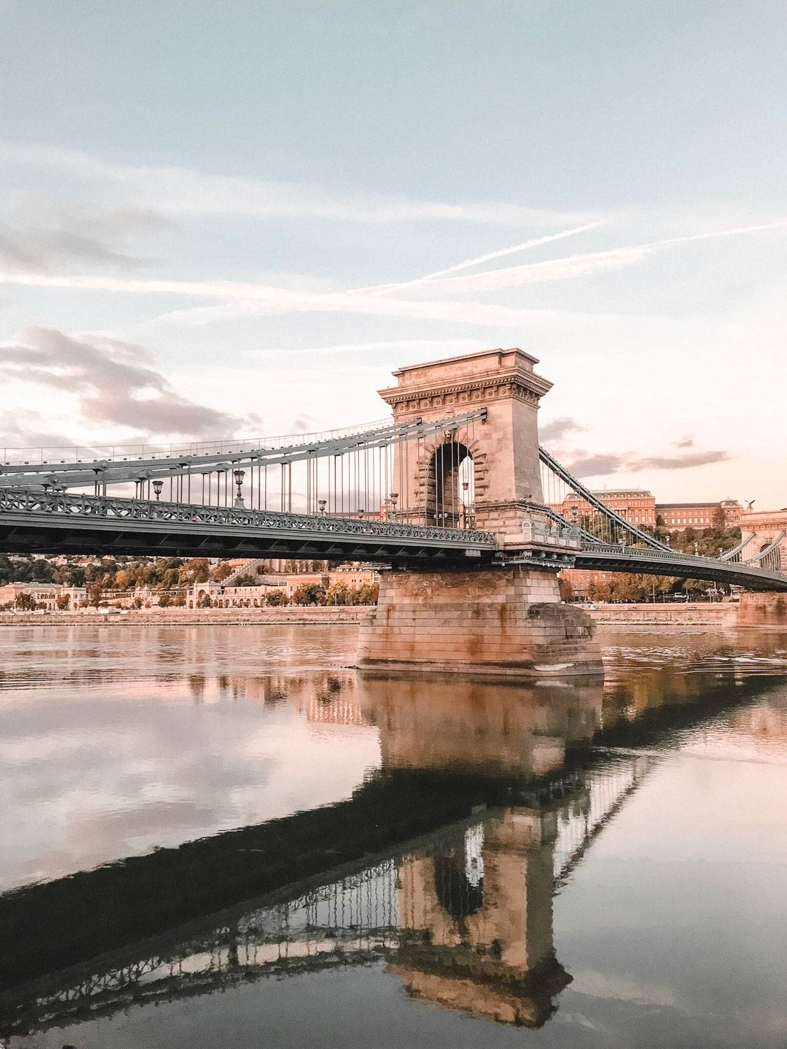 Looking for the best photo spots in Budapest to up your photography game? We have you covered.  #Budapest #hungary  instagram Spots In Budapest | Best Instagram Spots In Budapest | best instagram photo locations in Budapest | Budapest travel destination | best lookout points in Budapest | beautiful scenery in Budapest | where to go in Budapest | what to see in Budapest | cute travel photos in Budapest | best photos in budapest | Chain bridge Budapest