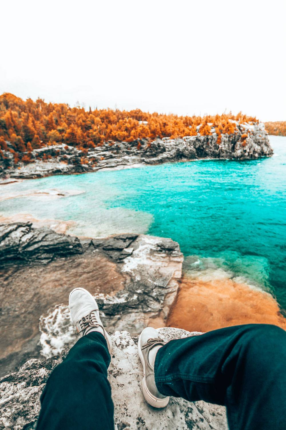 Looking for the best provincial parks in ontario or Canada? Fret not, because we have the ultimate of all the best parts including highlights, how to get there, and where to stay and where the closest airport is.